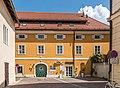 Klagenfurt Innere Stadt Waagplatz 3 Wohn-und Geschäftshaus 13082018 4064.jpg