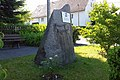 Kleinwolmsdorf Geschwister Scholl Gedenkstein.jpg