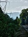 Klimczok z odległości 36.9 km. Widoczna wieża na szczycie - panoramio.jpg