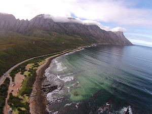 Kogelberg - An aerial photograph of the Koegel Bay coastline and the R44 that runs along it.
