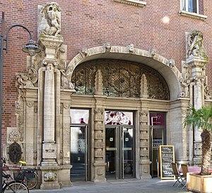 Kontorhaus am Markt - Portal
