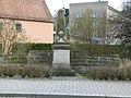 Kriegerdenkmal Liebstädter Straße Pirna 2.JPG
