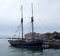 Kvartsita af Skaftö in Lysekil 2015 -10.jpg