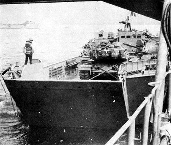 LCU with M48 tanks leaves USS Belle Grove (LSD-2) 1965