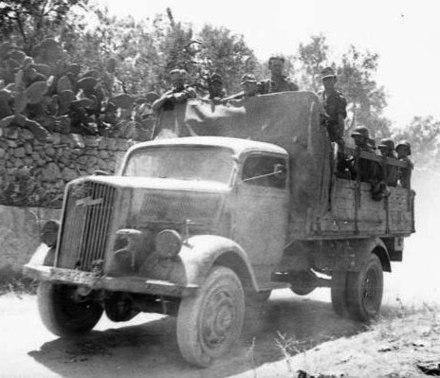 d8b599338e Blitz A medium-weight Wehrmacht truck