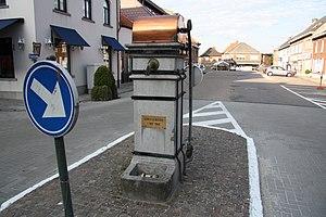Begijnendijk - Image: Lage arduinen armpomp