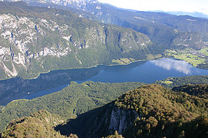 English: Lake Bohinj, Slovenia