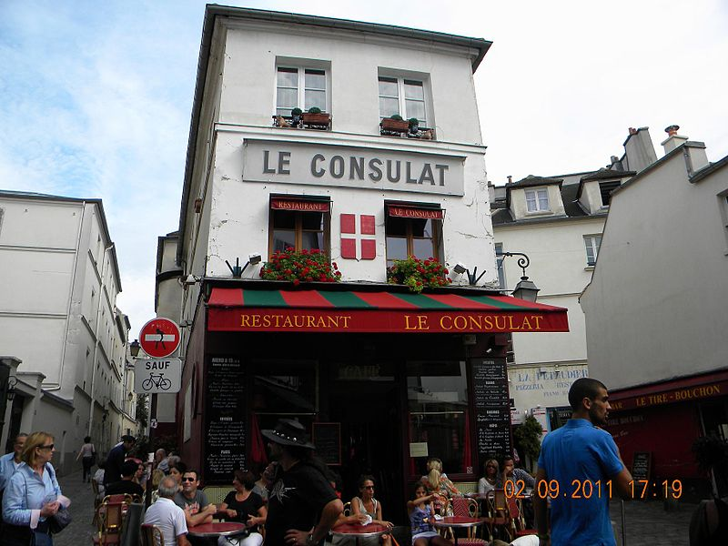 File:Le Consulat, 18 Rue Norvins, Paris 2 September 2011.jpg