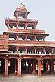 Le Panch Mahal (Fatehpur Sikri) (8511795321).jpg