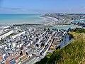 Le Tréport et Mers-les-Bains vus depuis les falaises (été 2018).JPG