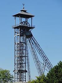 Liévin - Fosse n° 3 - 3 bis des mines de Lens (12).JPG