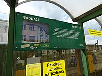 Liberec, Žitavská, zastávka Nádraží, tabule odjezdů.jpg