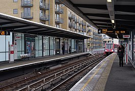 Limehouse station MMB 14 DLR 57.jpg