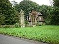 Lodge to Underley Hall.jpg