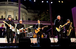 Los Lobos at the White House.jpg