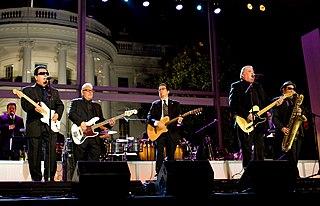 Los Lobos American Chicano rock band