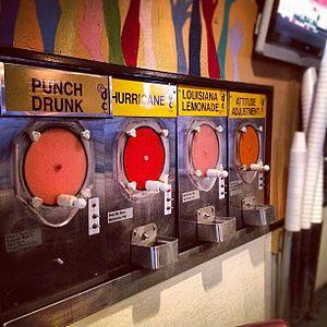 Frozen alcoholic drink - Image: Louisiana Frozen Daiquiri Bar in Baton Rouge