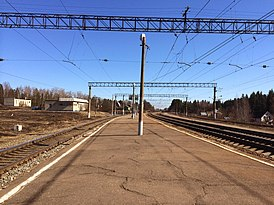 Lukino railway station (view from south-west).JPG