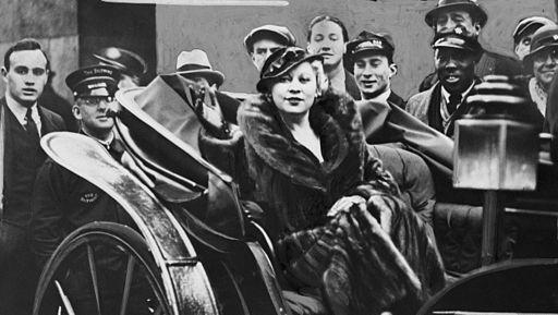 Mae West NYWTS