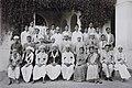 Maharaja's College Group Photo 1.jpg