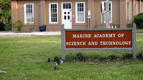 marine science 2 07 Marine science (lab)/marine science honors (lab) marine science  in the marine science course,  human impact of the marine environment  segment 2.