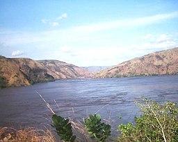 Kongofloden nära Matadi i Kongo-Kinshasa