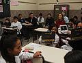 Mauricio Macri presenció una clase sobre cuidado ambiental en una escuela primaria de Nueva Pompeya (6863217702).jpg