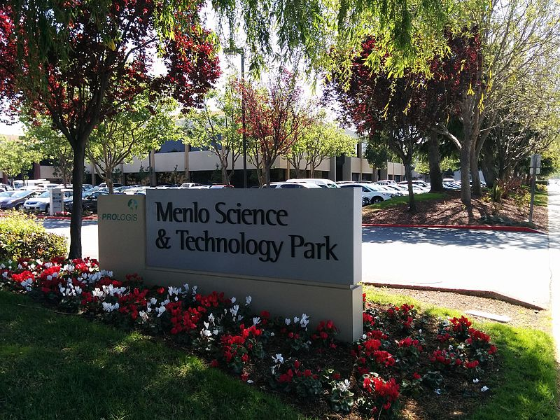 File:Menlo Science & Technology Park entrance.jpg