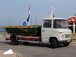 Mercedes-Benz L 608 D (1973), Dutch licence registration BL-GB-11 pic1.JPG