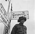 Met de bevrijding van Noord Nederland hebben de geallieerde troepen de stellinge, Bestanddeelnr 900-2691.jpg
