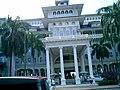 Moana Surfrider - panoramio.jpg