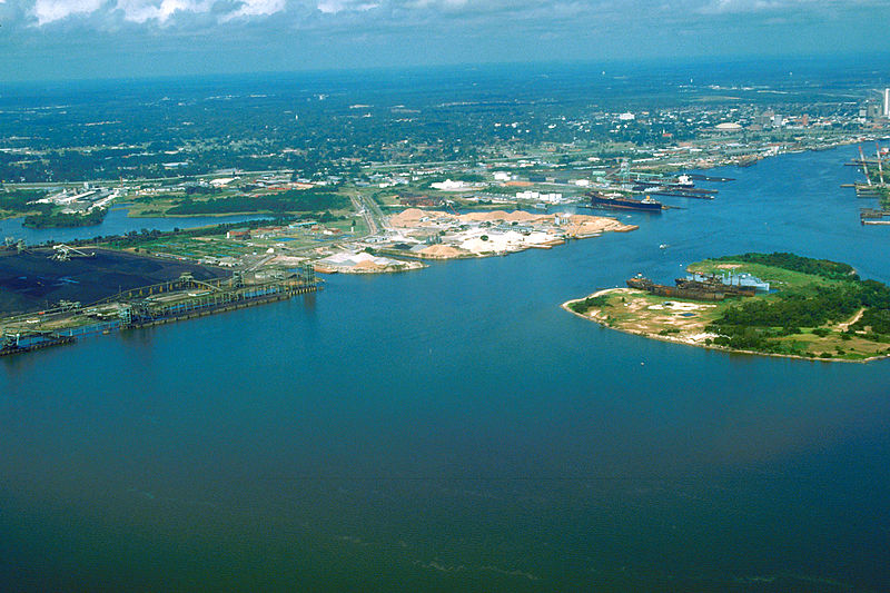File:Mobile Alabama harbor aerial view.jpg