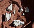 Mont-la-Ville, abri sous roche du Mollendruz, pierres travaillées.jpg