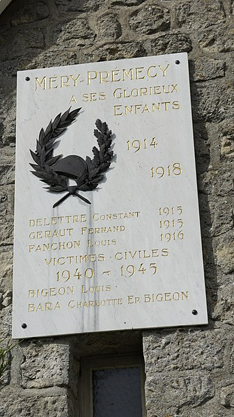 Monument aux morts de Méry-Prémecy.