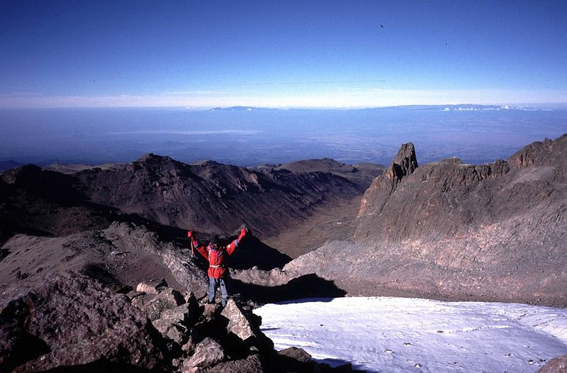 File:Mount Kenya towards Mackinders.jpg