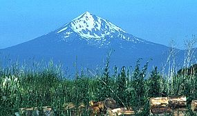 Mount McLoughlin.jpg
