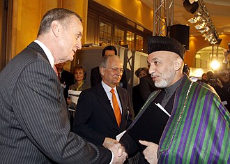 James L. Jones - Jones shakes hands with President of Afghanistan Hamid Karzai.