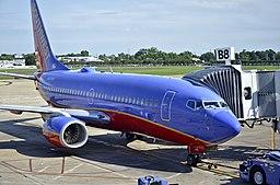 N408WN Southwest Airlines 2001 Boeing 737-7H4 C-N 27895 (8939997047)