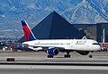 N632DL 1987 Boeing 757-232 C-N 23613 (5374800496) (2).jpg