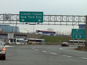 New Jersey Route 495 - The beginning of eastbound NJ 495 at the New Jersey Turnpike