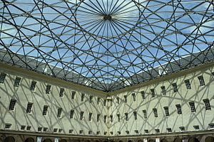Nederlands Scheepvaartmuseum - The glass roof of the courtyard inspired by the compass rose on nautical maps