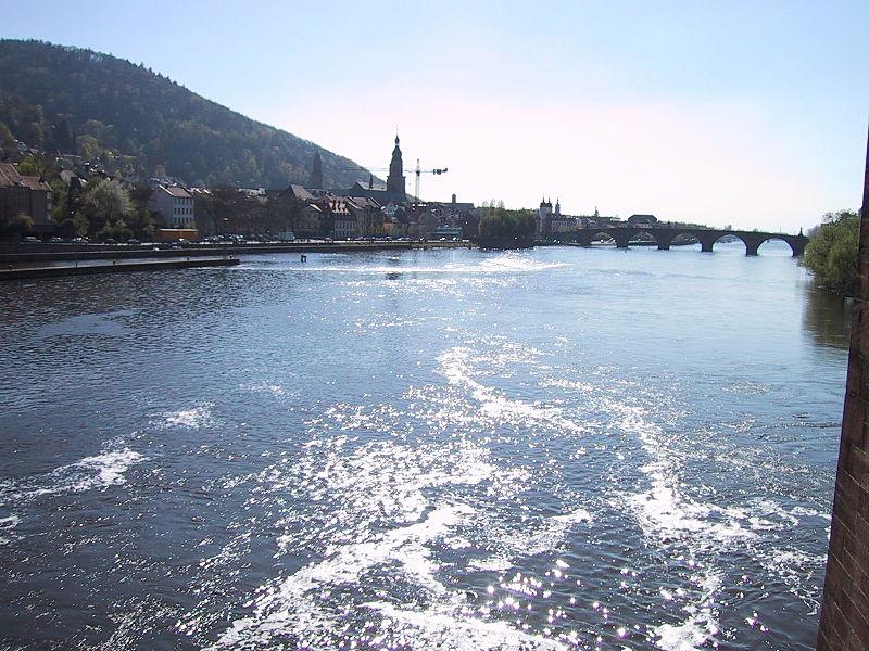 File:NeckarHeidelberg.jpg