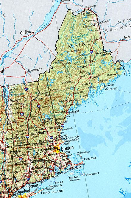 A political and geographical map of New England shows the coastal plains in the southeast, and hills, mountains and valleys in the west and the north. New england ref 2001.jpg