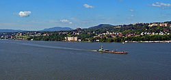 Newburgh from the bridge.jpg