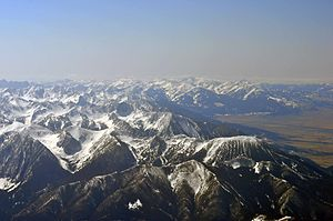 English: Northwestern expanse of Absaroka Moun...
