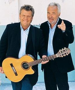 Olsen brothers 2008 (cropped).jpg