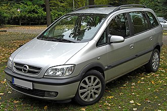Opel Zafira - Image: Opel Zafira A Facelift front 20091022