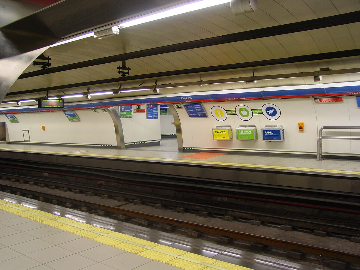 madrid metro and line Line 5 has been a part of the madrid metro since 5 june 1968 it is the fourth most used line of the madrid metro, transporting 64 million passengers a year.