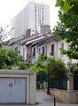 P1200536 Paris XIX villa de Bellevue rwk.jpg