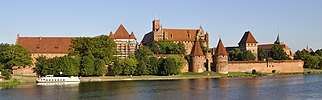 Panorama of Malbork Castle.jpg